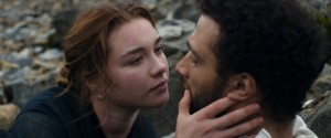 Katherine (Florence Pugh) et Sebastian (Cosmo Jarvis).
