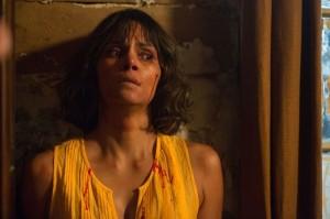 Karla (Halle Berry) en mauvaise posture? DR