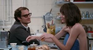 Jean-Luc Godard (Louis Garrel) et Anne (Stacy Martin). DR