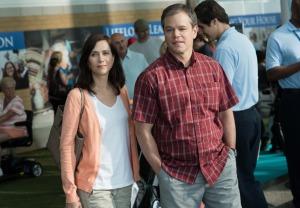Audrey (Kristen Wiig) et Paul Safranek (Matt Damon) à la découverte de Leisureland. DR