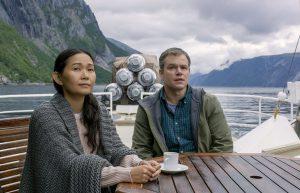 Ngoc Lan Tran (Hong Chau) et Paul (Matt Damon) voguent vers la coolonie originelle. DR