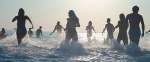 La plage, le soleil, la mer et les vacances... DR