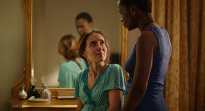 Ana (Marjorie Estiano) et Clara (Isabel Zuaa).