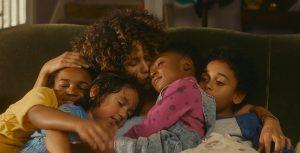 Millie (Halle Berry) et sa famille. DR