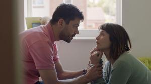 Mark (Dominic Cooper) et Tara (Gemma Arterton). DR