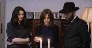 Ronit, Esti et Dov à l'heure du Shabbat... DR