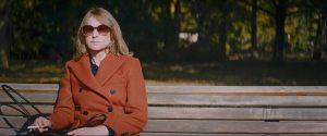 Lara Jenkins (Corinna Harfouch) dans la ville...
