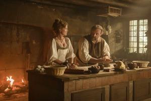 """""""Délicieux"""": Louise (Isabelle Carré) et Manceron (Gregory Gadebois). DR"""