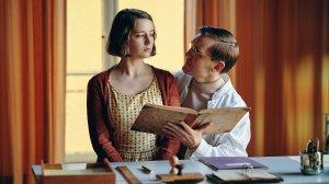 Nete (Fanny Leander Bornedal) aux prises avec le docteur Wad (Elliott Crosset Hove). DR