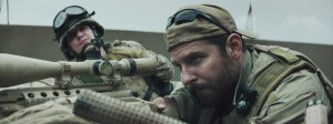 Chris Kyle (Bradley Cooper) en action. DR