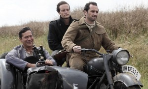 Albert (Laurent Gerra), Hans (August Diehl) et Percy (Matthew Rhys). DR