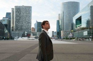 Jerôme Kerviel dans l'univers de la finance à la  Défense. Photos Jean-Marie Leroy