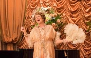 Florence Foster Jenkins (Meryl Streep) pousse la note...