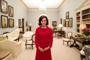 Jackie Kennedy (Natalie Portman) à la Maison Blanche. DR