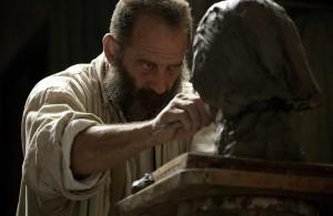 Auguste Rodin (Vincent Lindon) à l'oeuvre. DR