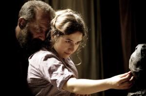 Rodin et Camille Claudel (Izïa Higelin), une intense passion. DR