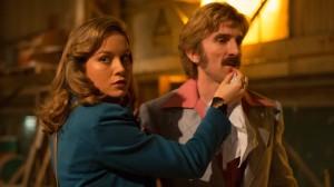 Justine (Brie Larson) et Vernon (Sharlto Copley). DR