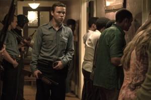 Krauss (Will Poulter), un flic sadique. DR
