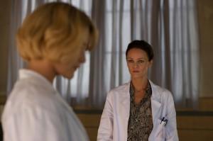Maryline face à Jeanne Desmarais (Vanessa Paradis). DR