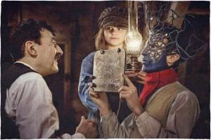 Albert (Albert Dupontel), Louise (Héloïse Balser) et Edouard (Nahuel Perez Biscayart)