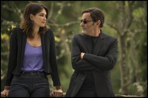 Vanessa (Helena Noguerra) et Castro (Jean-Pierre Bacri). DR