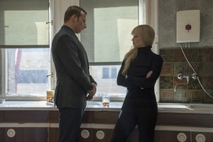 Oncle Vanya (Mathias Schoenaerts) et Dominika (Jennifer Lawrence). DR