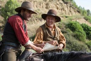 Charlie (Joaquin Phoenix) et Eli (John C. Reilly), les frères Sisters. DR