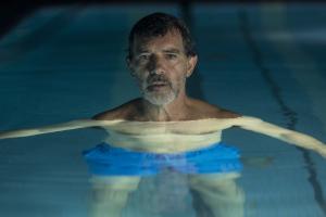 Salvador Mallo (Antonio Banderas), un cinéaste face au vide. DR