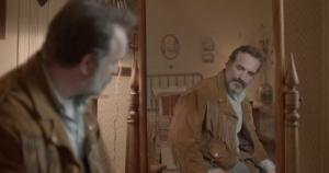 Georges (Jean Dujardin) et son blouson à franges. DR