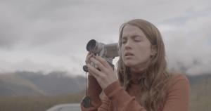 Denise (Adèle Haenel), caméra au poing. DR