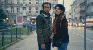 Adam (Arthur Igual) et Anna (Judith Chemla), un couple parisien en partance... DR