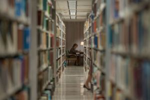 Lee en rat de bibliothèque. DR