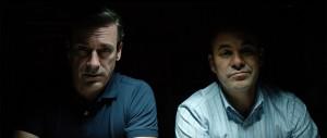 Les agents Shaw (Jon Hamm) et Bennet (Ian Gomez) du FBI. DR