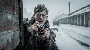 Gareth Jones (James Norton) découvre un génocide...