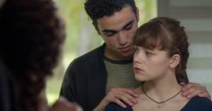Nico (Carl Malapa) et Gina. DR