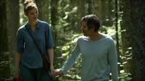 Patricia (Louise Bourgoin) et François (Jalil Lespert) dans une nature apaisée.
