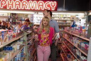 """""""Promising..."""": Cassie et son  copain Ryan (Bo Burnham). DR"""