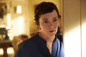 Anne (Olivia Colman), une fille bouleversée par la régression de son père. DR