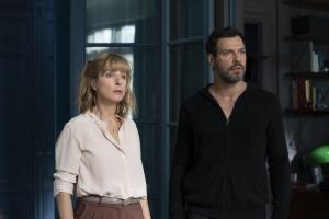 """""""L'origine..."""": Jean-Louis (Laurent Lafitte) et Valérie (Karin Viard)."""